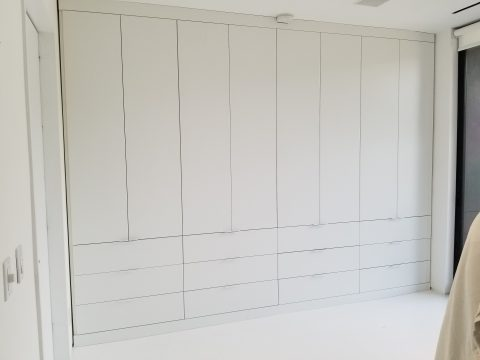 white Poliform coloma Closet