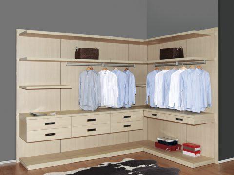light wood frameless closet system poliform